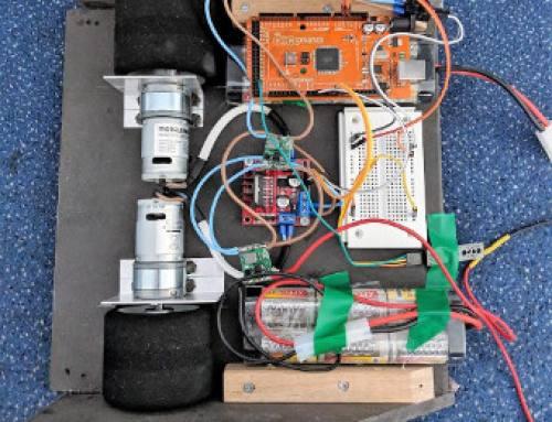"""GBS-Technikerschüler beim Projekt """"Sumo-Bots"""" auf der Überholspur"""